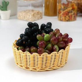 Корзинка для фруктов и хлеба Доляна, 17×17×5,5 см, цвет молочный