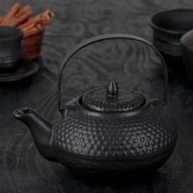 """The tea pot with a metal sieve """"Eastern night"""" 750 ml color black"""