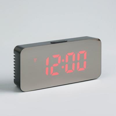 Часы-будильник электронные с календарём и термометром, цифры красные, 15×7×3.5, 3AAA/USB