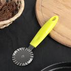 """Нож для пиццы и теста 18 см """"Грино"""", ребристый, цвет зелёный - фото 269778246"""