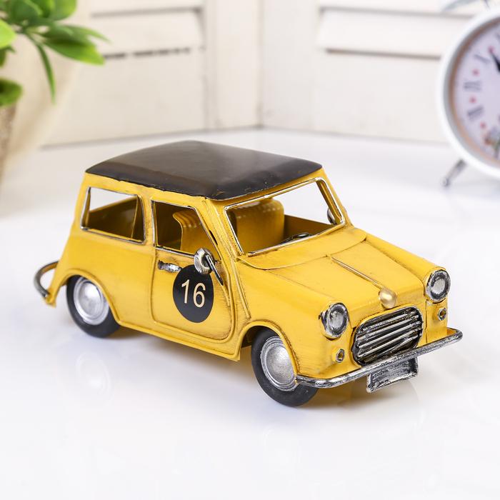 "Сувенир металл ""Маленькая жёлтая машинка"" 8х20х9 см"