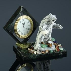 """Часы """"Медведь в стойке"""", змеевик, мрамолит"""