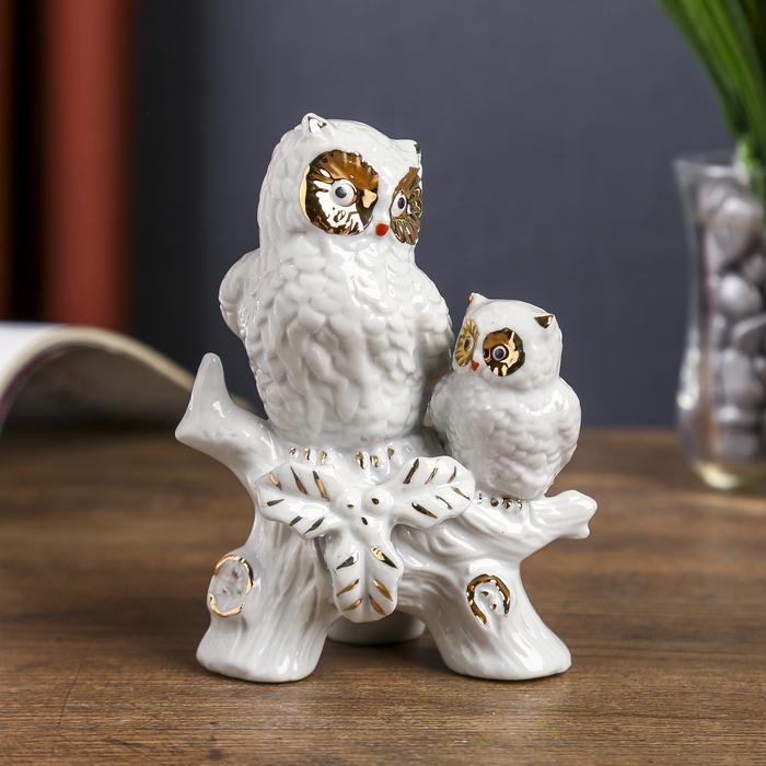 """Сувенир """"Два белых филина на ветке"""" с золотом 12х9х7 см - фото 798194597"""