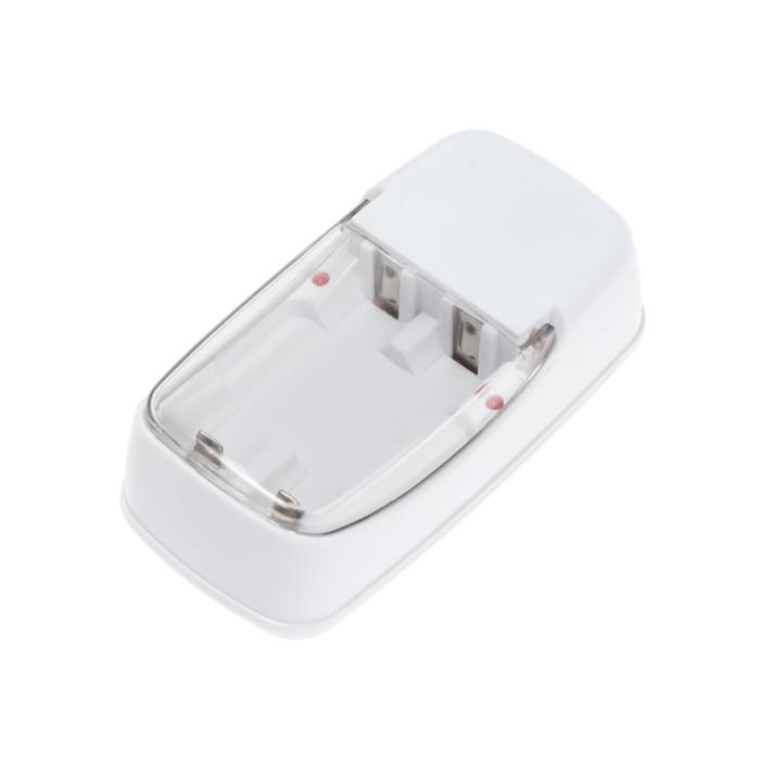 Зарядное устройство для аккумуляторных батареек АА и ААА, вилка складная, 180 мА, белое