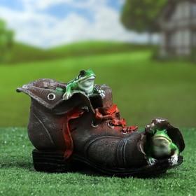 "Фигурное кашпо ""Ботинок с лягушками"" 15х24см"