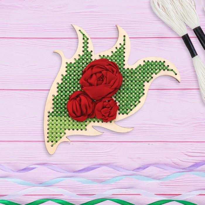 Вышивка крестиком и лентами на дереве «Розы». Набор для творчества - фото 687001805