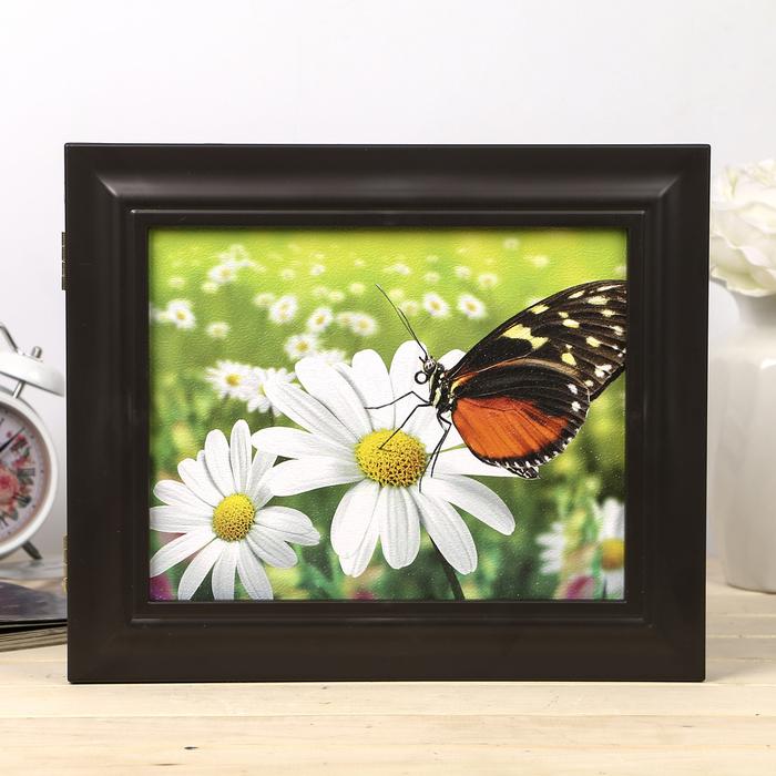 "Ключница  ""Бабочка на цветке"" венге 26х31х4,5 см"
