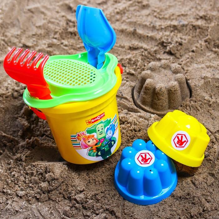 Набор для игры в песке: ведро, сетка, лопата, грабли, 2 формочки, ФИКСИКИ цвет МИКС, 530 мл