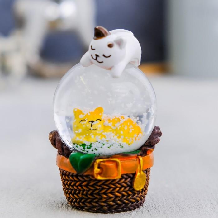 """Снежный шар """"Котики"""",  6,5х5см"""