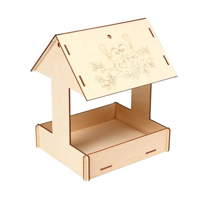 Kopмушка для птиц, 24 × 20 × 17 см, «Домик с птичкой»