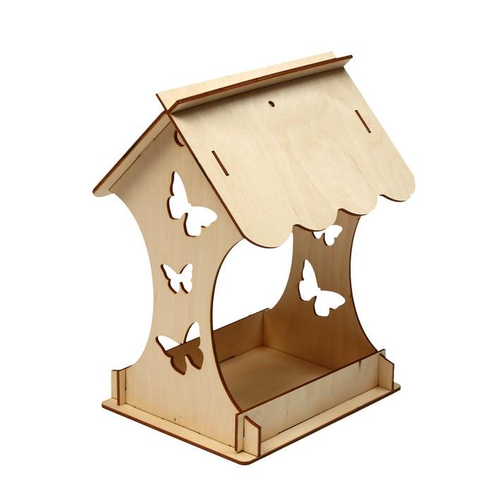 Kopмушка для птиц, 15 × 16 × 24 см, «Бабочка»