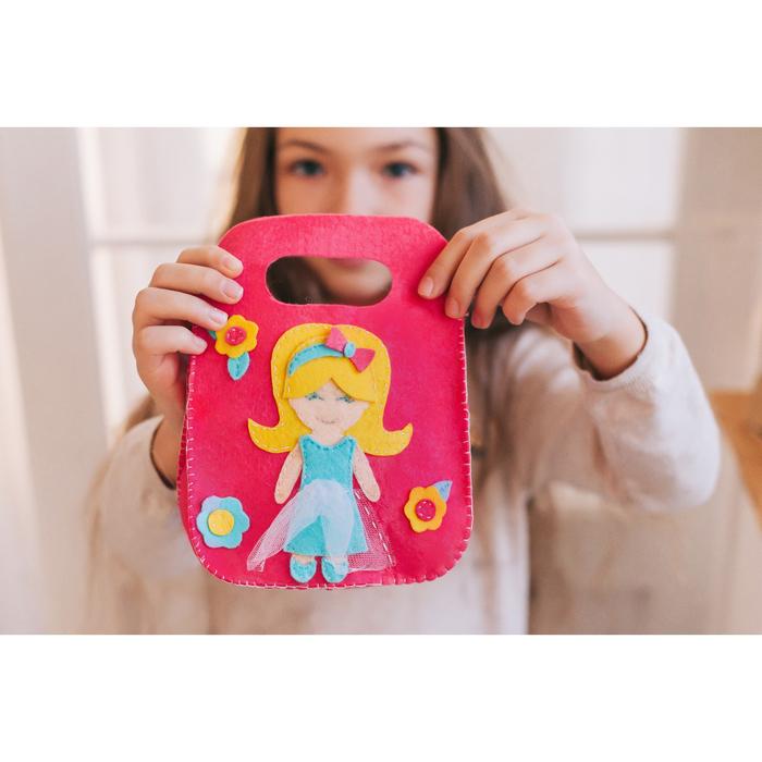 Набор для создания сумки из фетра «Маленькая красавица» - фото 691393