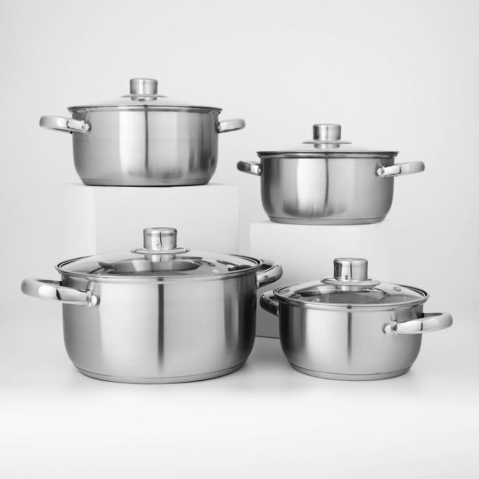 "A set of pots ""Greta"" 4 piece : 1.6 l 16 cm , 2,3 l 18 cm ,3,2, l 20 cm , 4.2 l 22 cm"