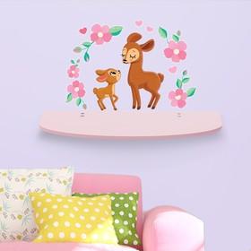 Полка с декоративными наклейками «Олени»