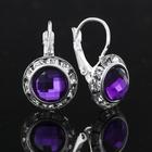 Серьги с фиолетовым камнем в серебре, 1.3 × 2 см