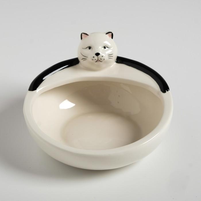 """Миска керамическая """"Ленивый кот"""", 250 мл, 12,6 х 12,5 х 8 см, белая"""
