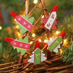 "A set of Christmas decor on the clothespin 6 ""Christmas Trees"""