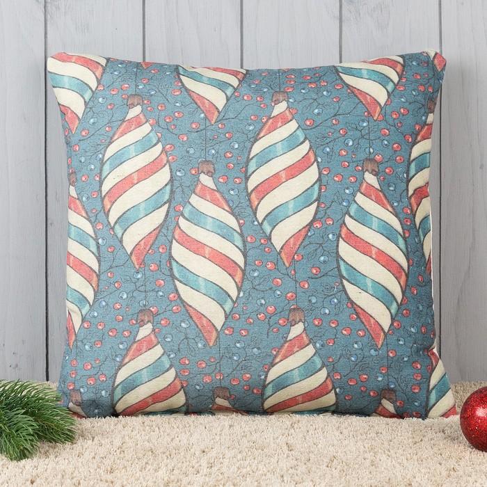 Подушка декоративная с фотопечатью Новогодние игрушки 40х40 см, хлопок 34%, полиэфир 66%