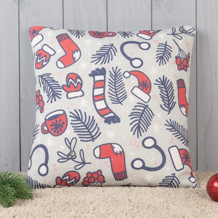 Подушка декоративная с фотопечатью Новогодние каникулы 40х40 см, хлопок 34%, полиэфир 66%