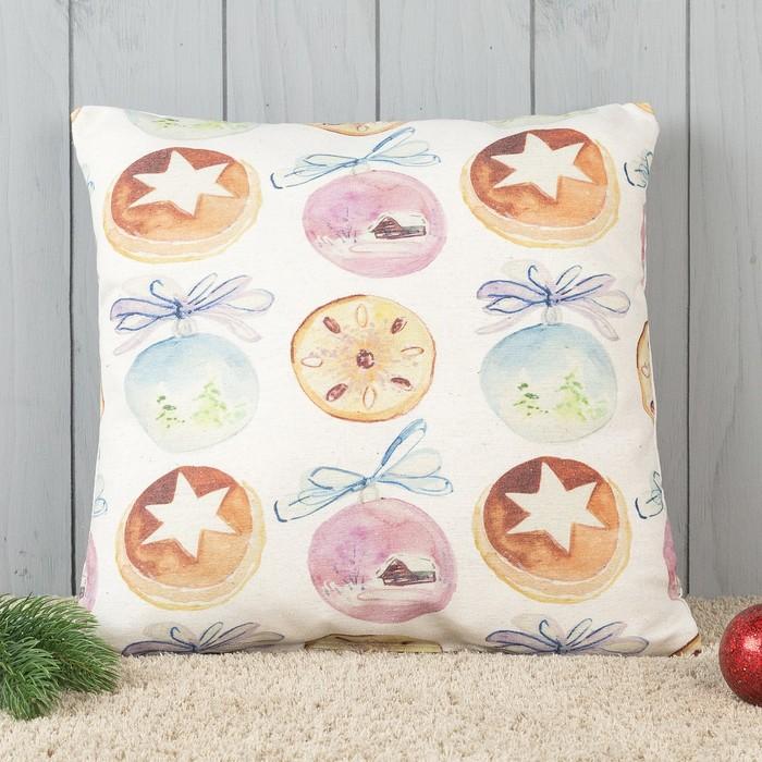 Подушка декоративная с фотопечатью Новогодние шары 40х40 см, хлопок 34%, полиэфир 66%