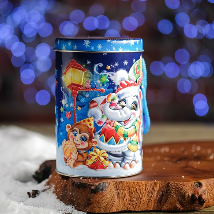 """Подарочная коробка """"Зимний зоопарк"""", цилиндр, 8,5 х 8,5 х 13,1 см"""