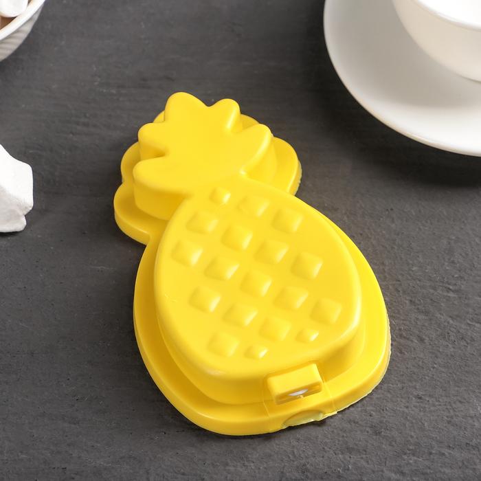 """Форма для мороженого """"Ананас"""", цвет жёлтый"""