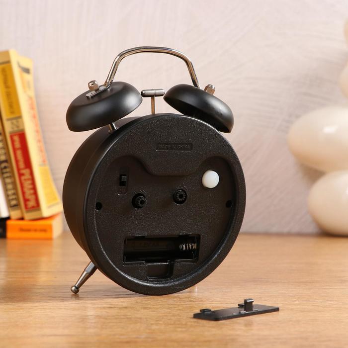 Будильник черный с подсветкой, на циферблате Jardin, 2 звоночка, стрелки светятся, микс