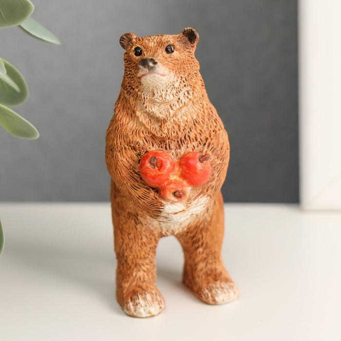 """Сувенир полистоун миниатюра """"Мишка с яблоками"""" 7х3,5х3 см"""
