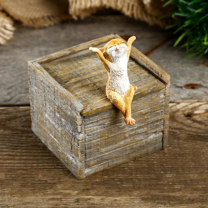 "Шкатулка полистоун миниатюра ""Котик на ящике"" 10х7х8,5 см"