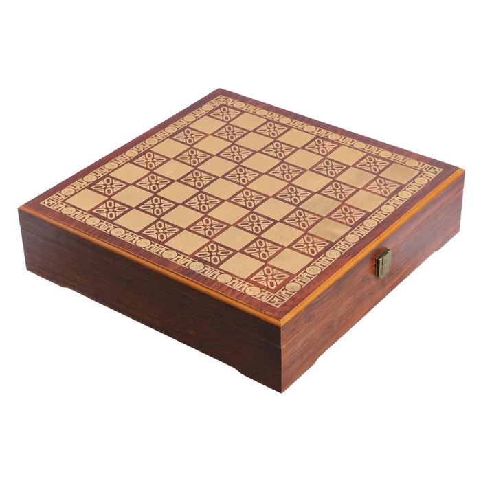 Шахматная доска с отсеком для хранения