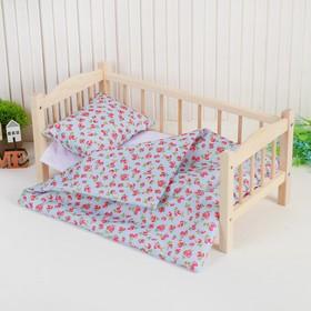"""Кукольное постельное """"Земляничка на голубом"""" простынь 46*36,одеяло,46*36,подушка 23*17"""