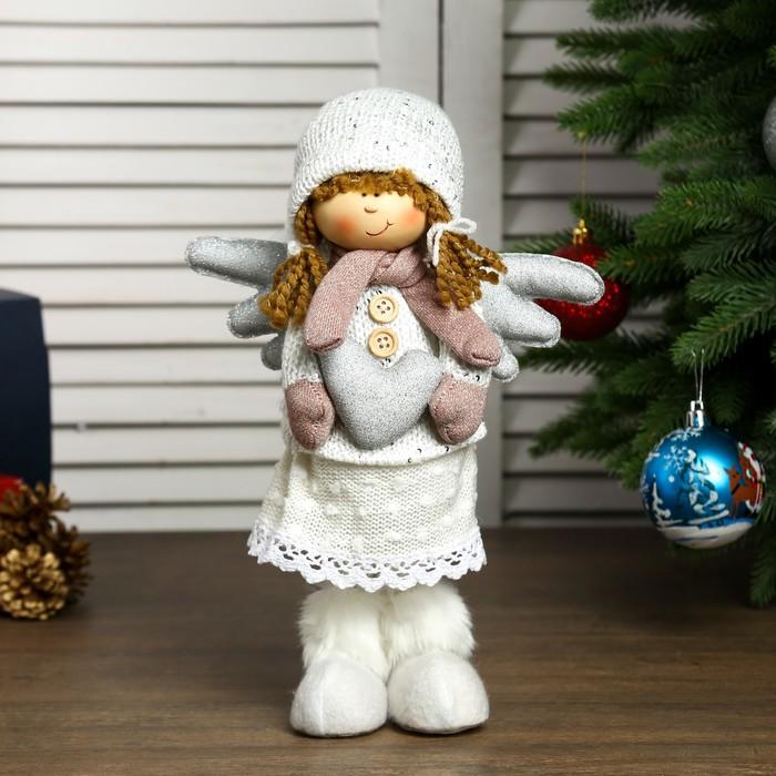 """Кукла интерьерная """"Ангелочек Мила с сердечком в белом наряде, в розовых варежках""""45х11х13см"""