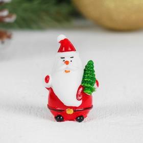 Миниатюра кукольная «Дед Мороз», набор 2 шт, размер 1 шт: 2×2,4×4 см