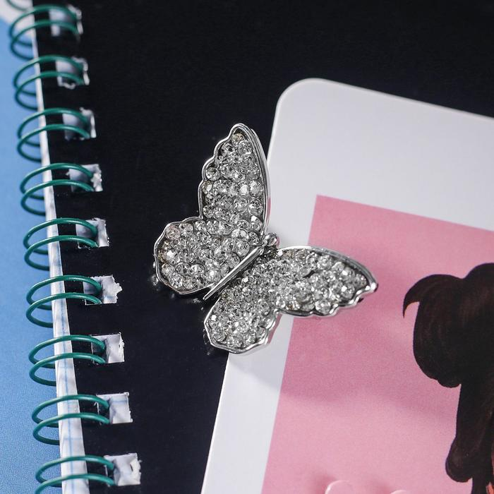 """Брошь """"Бабочка"""", цвет белый в серебре"""