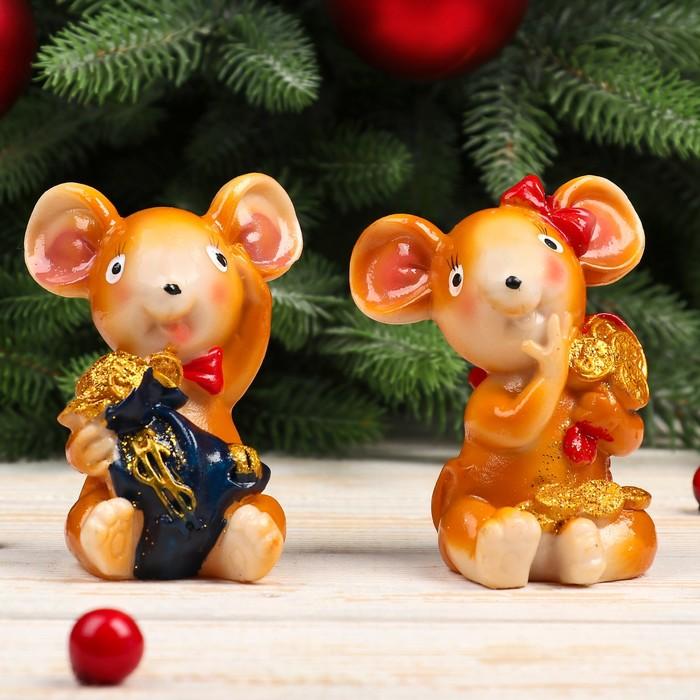 "Сувенир полистоун ""Мышка с бантом с мешком золота"" МИКС 8,5х7,2х5,7 см"