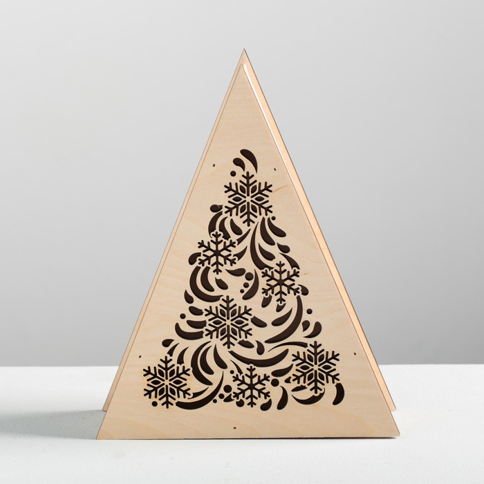 Коробка-ёлка деревянная «Новогодние узоры», 25 × 20 × 6 см - фото 725205368