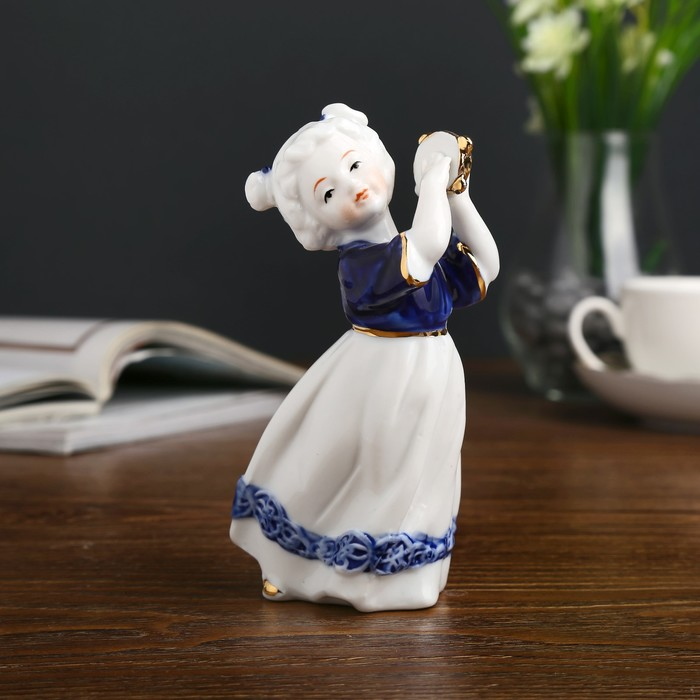 "Сувенир керамика ""Малышка с бубном"" кобальт 14,5х8х6,5 см - фото 798253775"