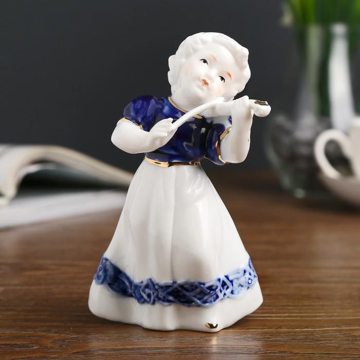 """Сувенир керамика """"Малышка со скрипкой"""" кобальт 13х8,5х8 см - фото 798253783"""