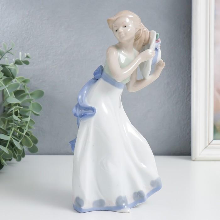 """Сувенир керамика """"Девочка со шляпкой"""" 22,5х6,5х10 см - фото 798253825"""