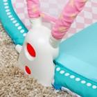 Развивающий коврик «Наш малыш» с дугой для планшета/телефона - фото 105523342