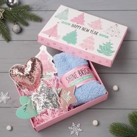 "Подарочный набор KAFTAN ""Happy new year"" носки р, 36-39 (23-25 см), ёлочная игрушка"