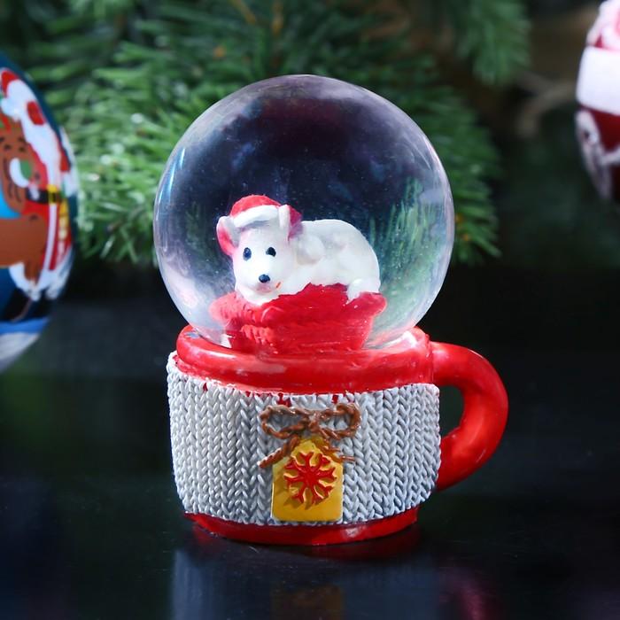 """Сувенир полистоун водяной шар """"Мышонок в кружке"""" d=4,5 см 6,5х5х4,5 см"""