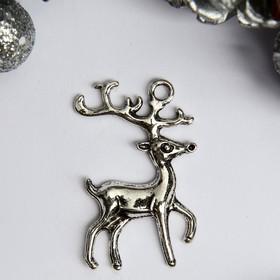 "Decor art metal ""Deer - silver hoof"" silver 2,3x3,7 cm"