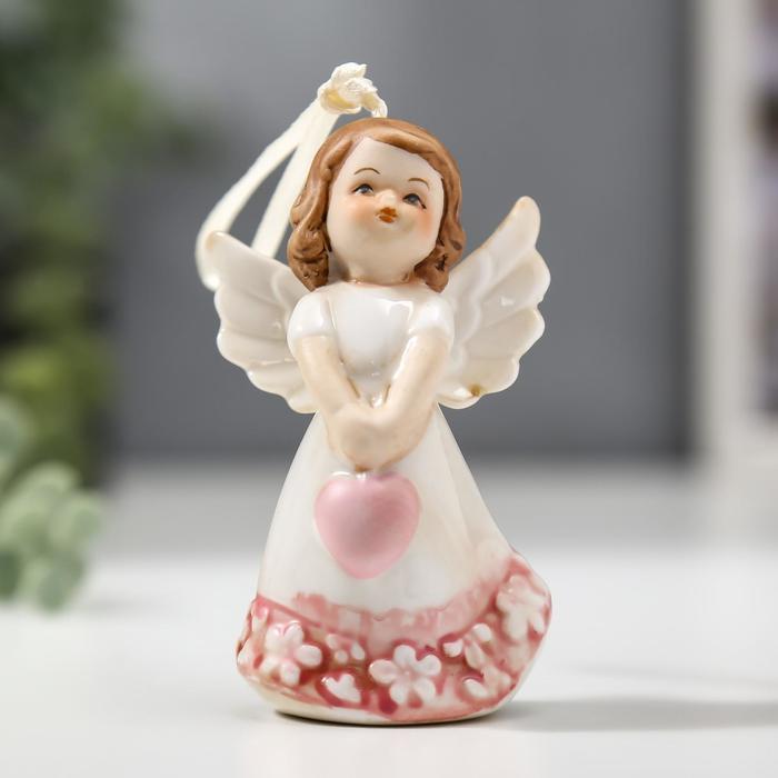 """Сувенир керамика подвеска """"Ангел-девочка в платье с цветами, с сердцем"""" 9,3х3,6х5,5 см"""