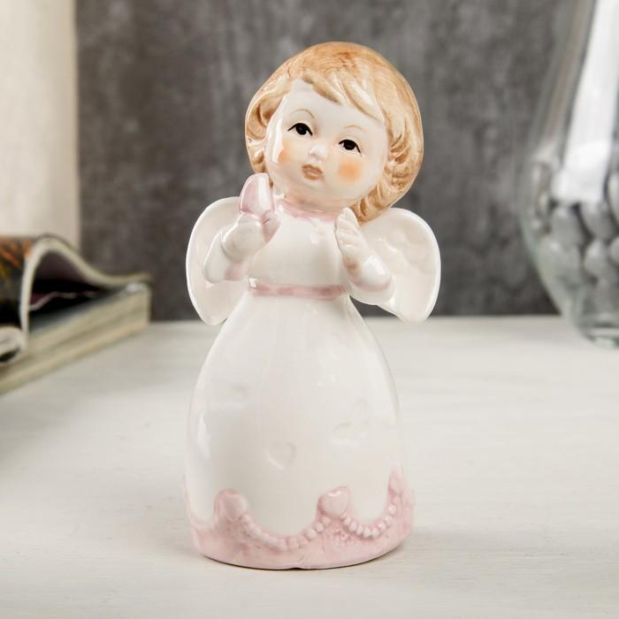 """Сувенир керамика """"Ангел-малыш в платье с розовыми оборками, с голубем"""" 10,6х5,6х6,4 см - фото 798263373"""