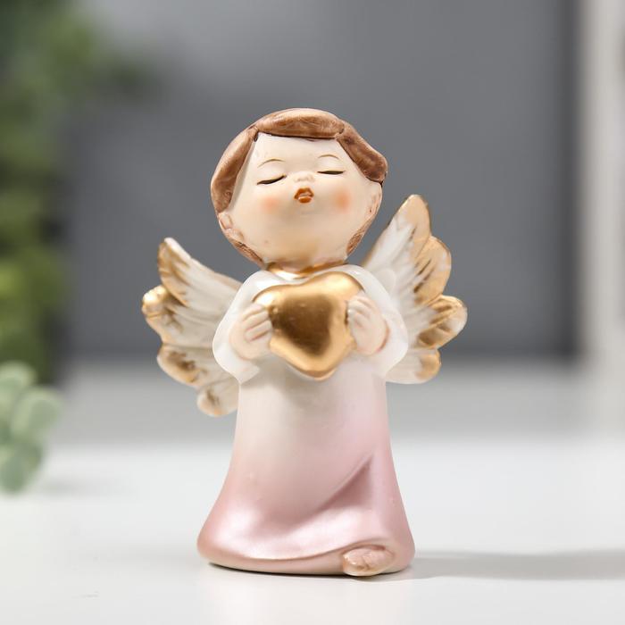 """Сувенир керамика """"Ангел-малыш в перламутро-розовом платье с сердцем"""" 8,4х4,4х5,8 см"""
