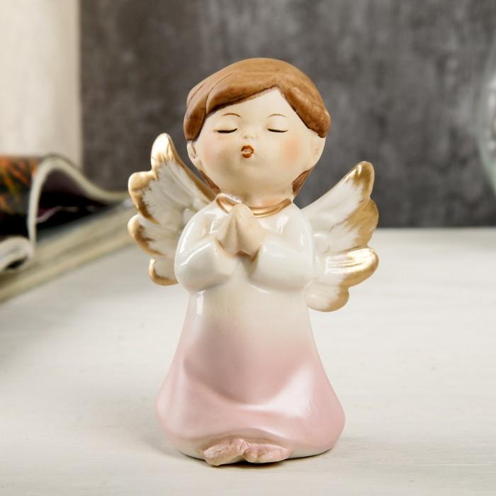 "Сувенир керамика ""Ангел-малыш в перламутро-розовом платье - молитва"" 9,7х6х6,7 см - фото 798263399"