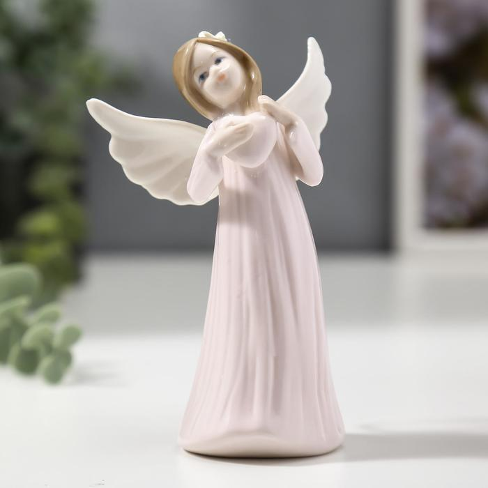 """Сувенир керамика подвеска """"Ангел-девочка в длинном платье, с сердцем в руке"""" 12,4х5,2х7,6 см   40594"""