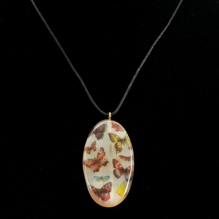 Кулон «Бабочки», 3×5,5 см, селенит