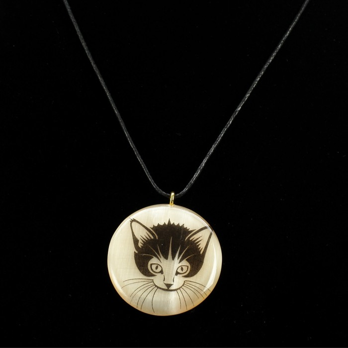 Кулон «Котик», 4×4 см, селенит